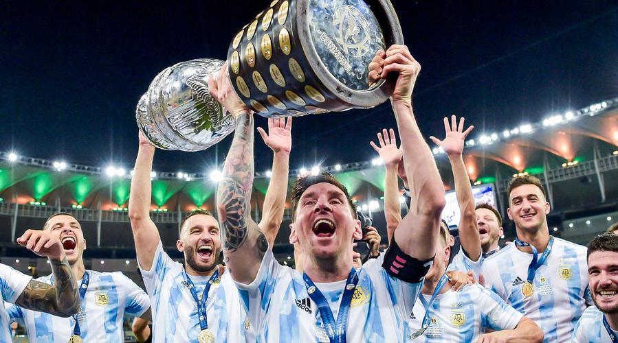 阿根廷1-0巴西夺冠】时间7月11日上午,2021年美洲杯决赛阿根廷队1