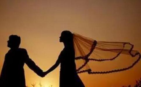六爻卦算婚姻