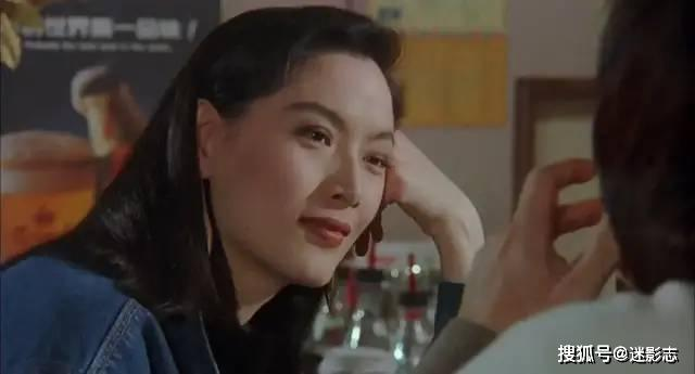 十年后,王羽投拍《火烧岛》,成龙为还人情只得答应参与此片.