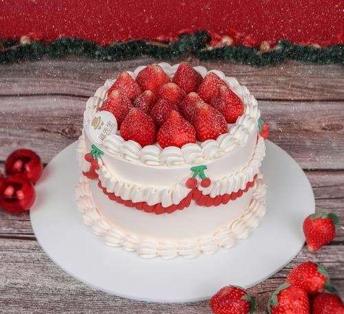 草莓淡奶油蛋糕