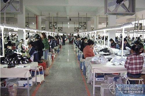前8月,荔城区制鞋企业产值达178.57亿元