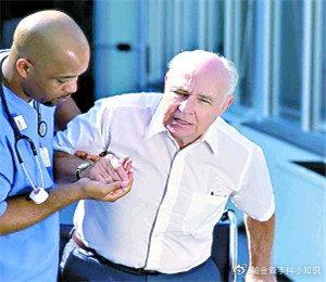 特发性震颤的临床表现及治疗慈一堂杨丽大夫告诉你