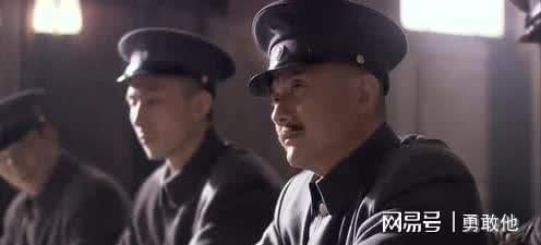 1991年初他回国定居,1995年6月,接任黄埔军校同学会会长.
