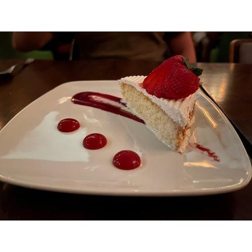 纽约美食绝对是纽约最好吃的草莓蛋糕